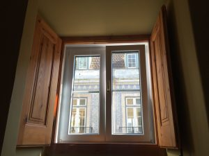 La finestra della camera Casa Do Mercado Lisboa