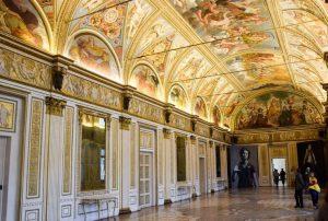 La galleria di Palazzo Ducale a Mantova