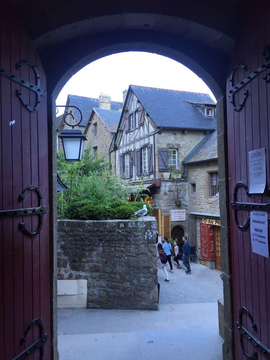 Il borgo di Mont Saint Michel