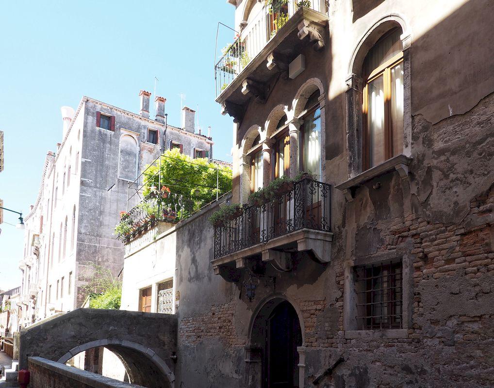 Il terrazzino dell'hotel Ponte Mocenigo