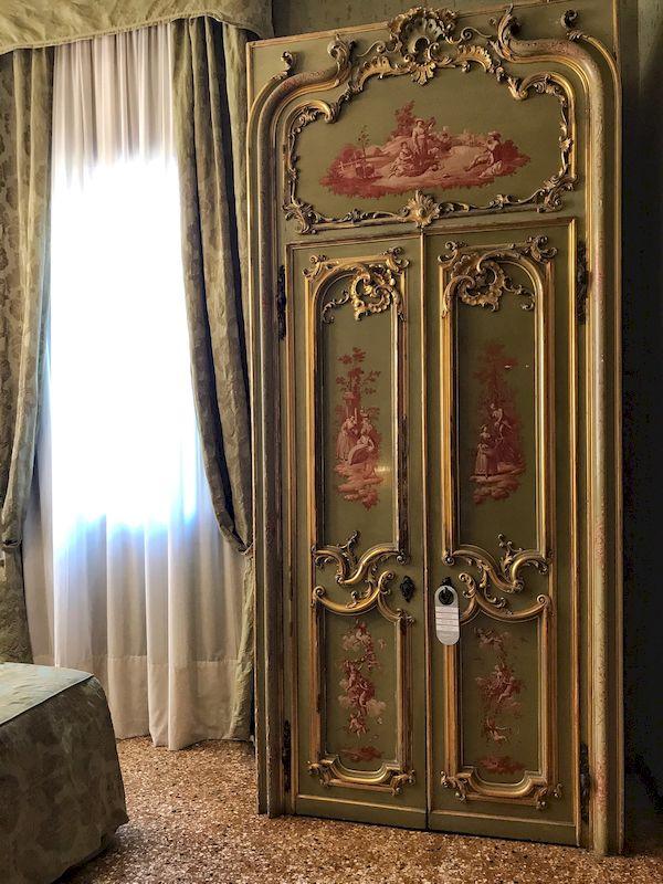 Interni della camera Hotel ponte Mocenigo