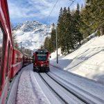 Treno del Bernina: i trenini rossi si incrociano
